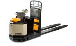 Crown Serie PC Transpaleta motorizada